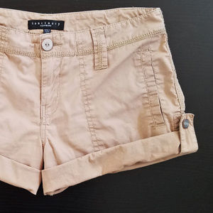 Sanctuary Shorts in Dark Tan Size 25